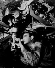 Submarine_periscope